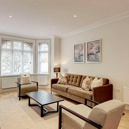 Rent this 3 bed apartment on Hamlet Gardens in London W6 0TT, United Kingdom