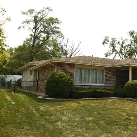 Rent this 3 bed house on 8017 Valley Drive in Palos Hills, IL 60465