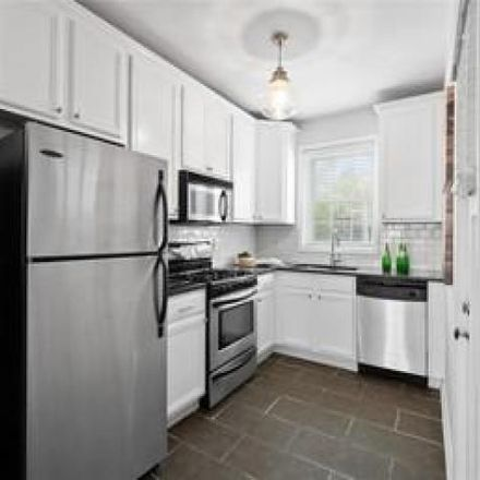 Rent this 2 bed condo on 8092 Davis Drive in Clayton, MO 63105