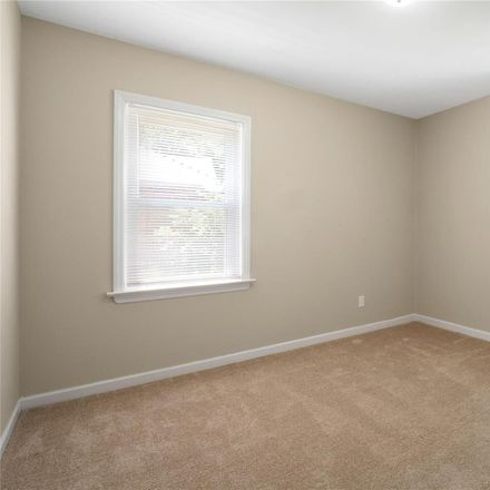 Rent this 3 bed house on 120 Maple Drive in Florissant, MO 63031
