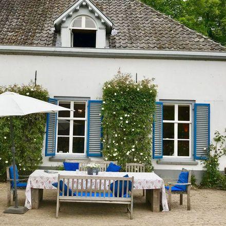 Rent this 1 bed apartment on Kasteel Ophemert in Dreef 2, 4061 BL Ophemert