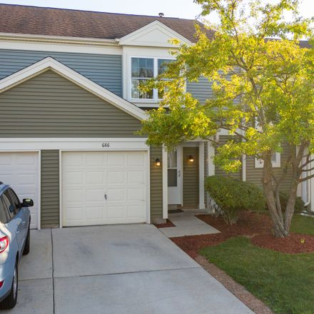 Rent this 3 bed townhouse on 686 Canterbury Drive in Hanover Park, IL 60133