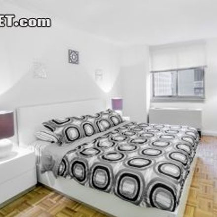Rent this 1 bed apartment on 304 1/2 East 38th Street in New York, NY 10016