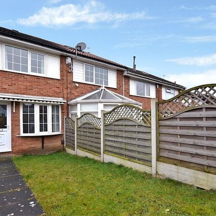 Rent this 2 bed house on Lawns Mount in Leeds LS12 5RG, United Kingdom