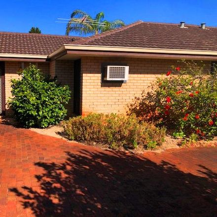 Rent this 2 bed townhouse on 6/91 Clydesdale Street