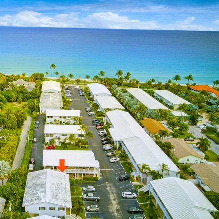 Rent this 2 bed condo on N Ocean Blvd in Boynton Beach, FL