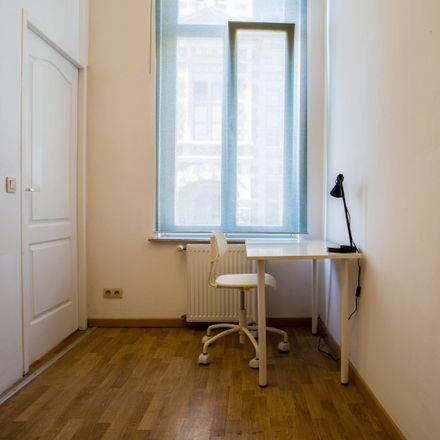 Rent this 2 bed apartment on Maison communale de Schaerbeek - Gemeentehuis Schaarbeek in Place Colignon - Colignonplein, 1030 Schaerbeek - Schaarbeek