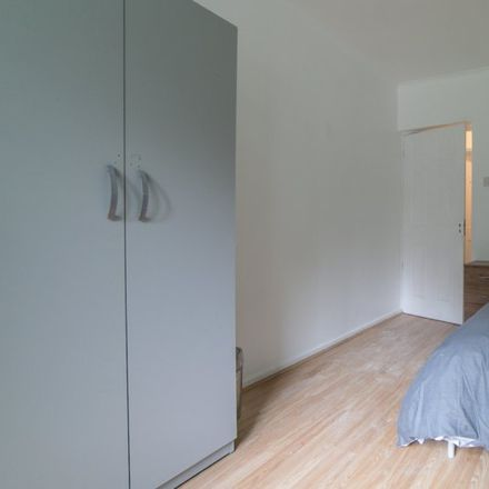 Rent this 5 bed apartment on The Apartments in 274 Highbury New Park, London N5 2LB