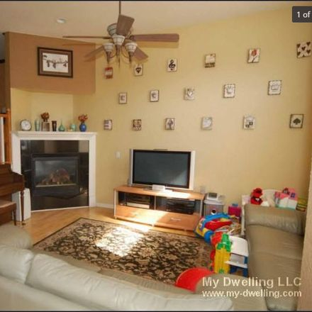 Rent this 1 bed room on 911; 913; 915 East Brady Street in Milwaukee, WI 53202