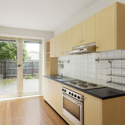 Rent this 2 bed apartment on 6/35 Dunoon Street