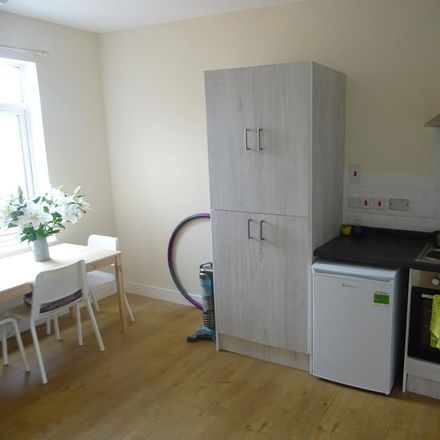 Rent this 2 bed apartment on Newcastle Avenue in Bassetlaw S80 1ET, United Kingdom