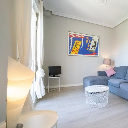 Rent this 2 bed apartment on Calle de Lagasca in 129, 28006 Madrid