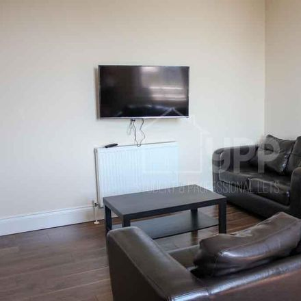 Rent this 1 bed apartment on Hyde Gardens in Leeds LS2 9NU, United Kingdom