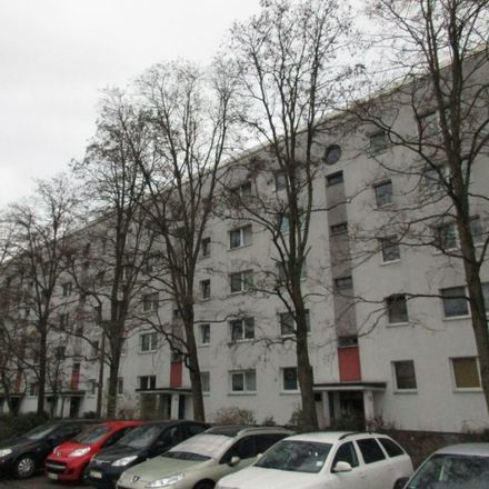 Rent this 5 bed apartment on Havelländer Ring 21 in 12629 Berlin, Germany