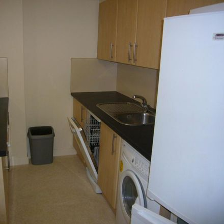 Rent this 3 bed apartment on Hoopern Mews in Exeter EX4 4AW, United Kingdom