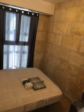 Rent this 2 bed room on 135 Rue Malbec in 33800 Bordeaux, France