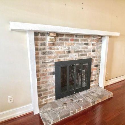 Rent this 2 bed apartment on Calle de Santiago in Pensacola, FL 32501