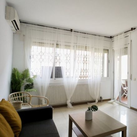 Rent this 3 bed apartment on Plaça de Francesc Micheli i Jové in 08930 Sant Adrià de Besòs, Spain