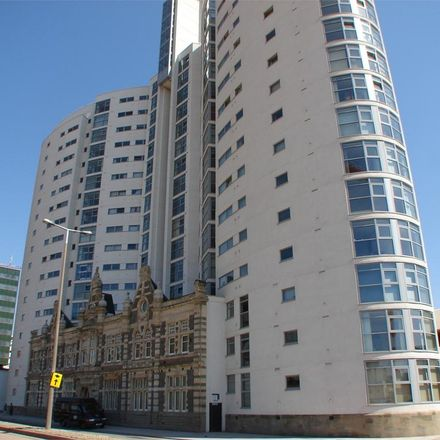 Rent this 2 bed apartment on Altolusso in Bute Terrace, Cardiff CF