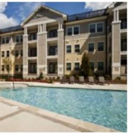 Rent this 2 bed apartment on 2458 Weddington Avenue in Charlotte, NC 28204