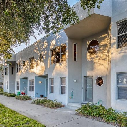 Rent this 2 bed townhouse on 45 16th Street South in Saint Petersburg, FL 33705
