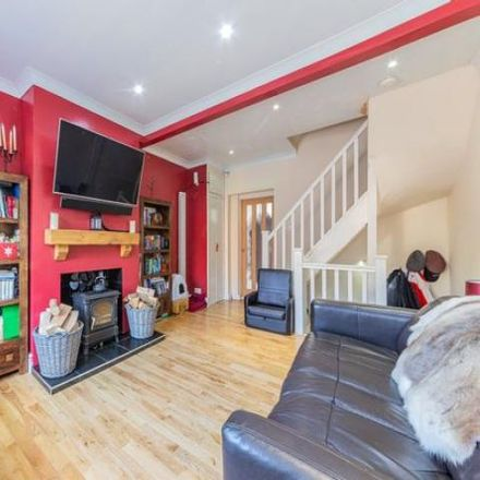 Rent this 3 bed house on Pavilion Road in Rushmoor GU11 3GL, United Kingdom