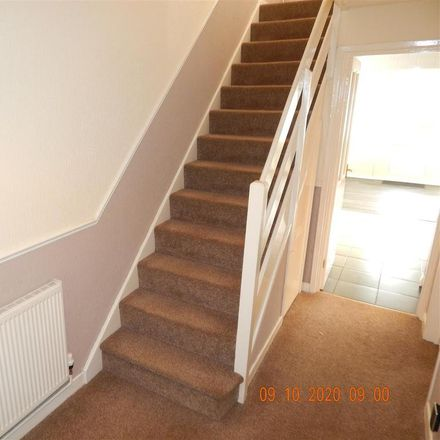 Rent this 3 bed house on Tredington Close in Redditch B98 7UR, United Kingdom