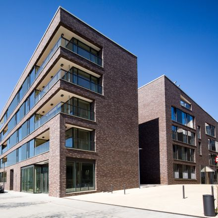 Rent this 4 bed apartment on Hamburg Port Authority in Haus Park, An der Horeburg