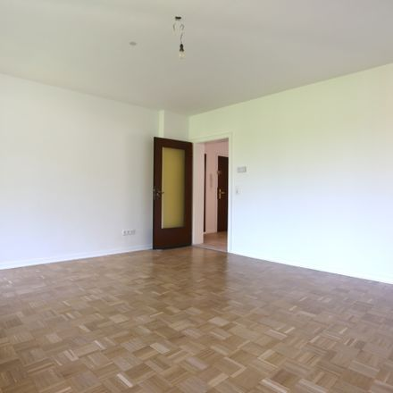 Rent this 2 bed apartment on Braunfelsweg 29 in 40229 Dusseldorf, Germany