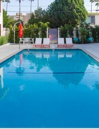 Rent this 1 bed apartment on 4105 Hood Avenue in Burbank, CA 91505