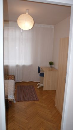 Rent this 5 bed room on Szewska 31 in 50-139 Wrocław, Polonia