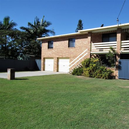 Rent this 3 bed house on 19 Jacaranda Avenue