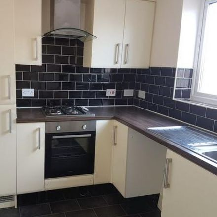 Rent this 2 bed house on Gulling Wood Drive in Rotherham S65 4EP, United Kingdom