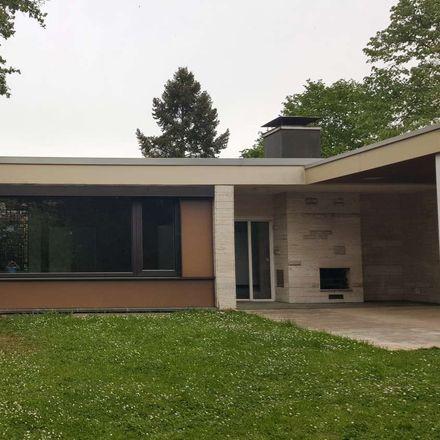 Rent this 5 bed apartment on Dinkelsbühler Straße 38 in 70374 Stuttgart, Germany