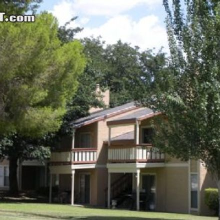 Rent this 3 bed apartment on Albertsons in 11320 Montwood Drive, El Paso