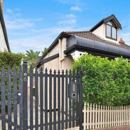 Rent this 3 bed house on 6 Wisdom Street