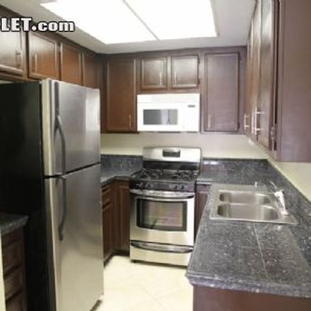 Rent this 3 bed apartment on San Diego School of Creative and Performing Arts in Dusk Drive, San Diego