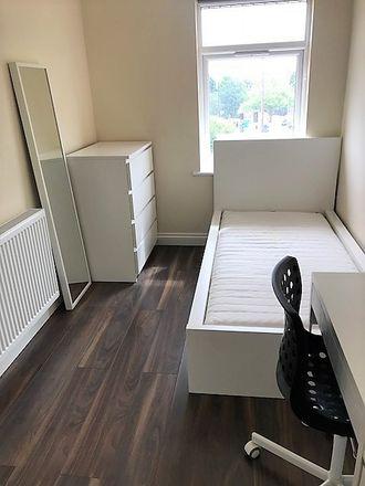 Rent this 6 bed room on 15 Quinton Rd in Birmingham B17 0PP, UK
