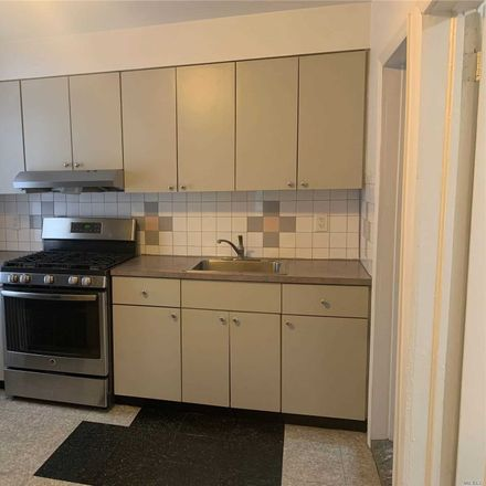 Rent this 3 bed apartment on 123rd St in Richmond Hill, NY