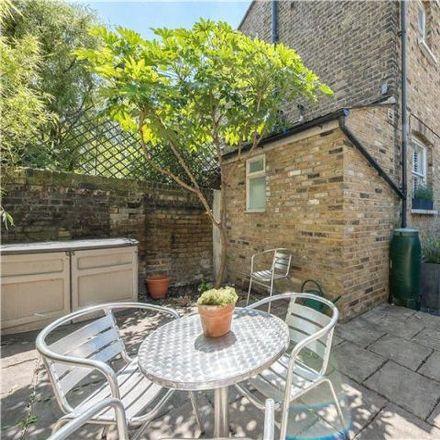 Rent this 2 bed apartment on Archbishop Sumner School (Oakden Site) in Oakden Street, London SE11