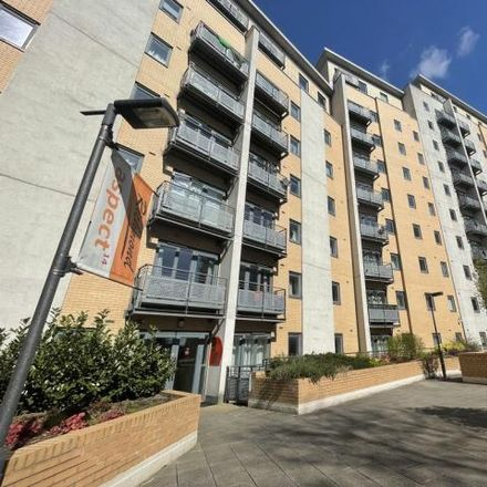 Rent this 2 bed apartment on Aspect 14 in Elmwood Lane, Leeds LS2 8WE