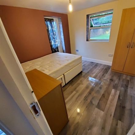 Rent this 1 bed apartment on The Hawbush in Barley Lane, London RM6 4XU