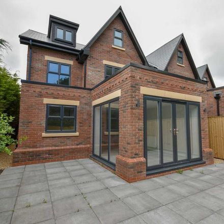 Rent this 5 bed house on Lostock Hall Road in Poynton SK12 1DP, United Kingdom