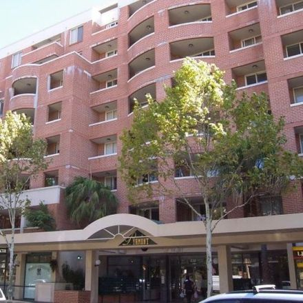 Rent this 2 bed apartment on S2/233 Harris Street