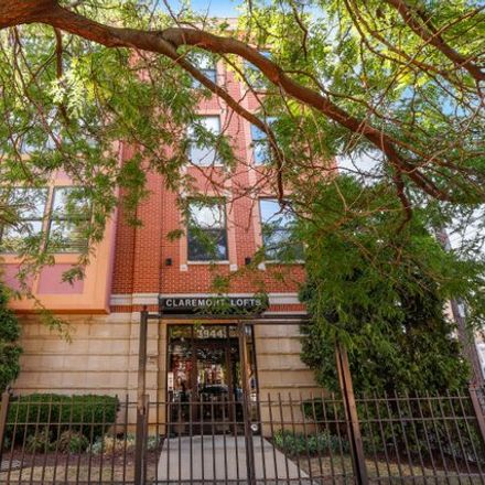 Rent this 2 bed condo on 3944 North Claremont Avenue in Chicago, IL 60618