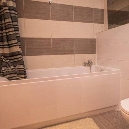 Rent this 3 bed room on Michała Stachowicza 8 in 30-103 Krakow, Poland
