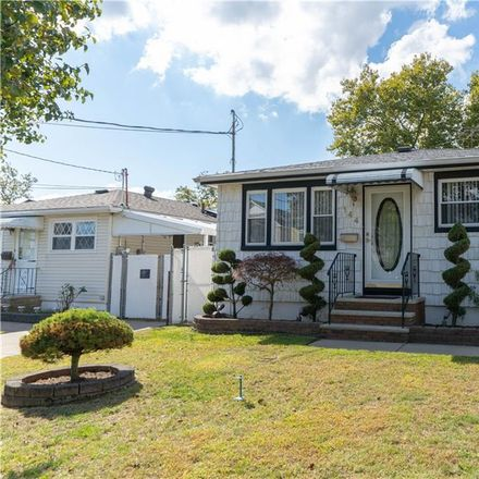 Rent this 3 bed house on 144 Jefferson Avenue in New York, NY 10306
