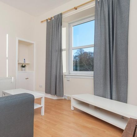 Rent this 1 bed apartment on Co-op Gorgie Road Funeralcare in 73 Gorgie Road, Edinburgh EH11 2LA