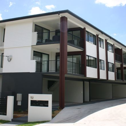 Rent this 2 bed apartment on 4/52 Hooker Street