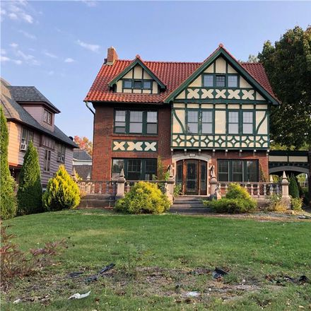 Rent this 5 bed house on 1504 James Street in Syracuse, NY 13203